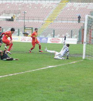 Tris Fc Messina sul Biancavilla: decidono Lodi (doppietta) e Arena