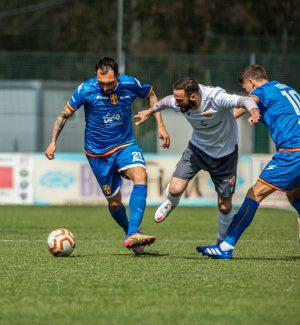 La Cittanovese alza il muro e l'Fc Messina si ferma: finisce 0-0