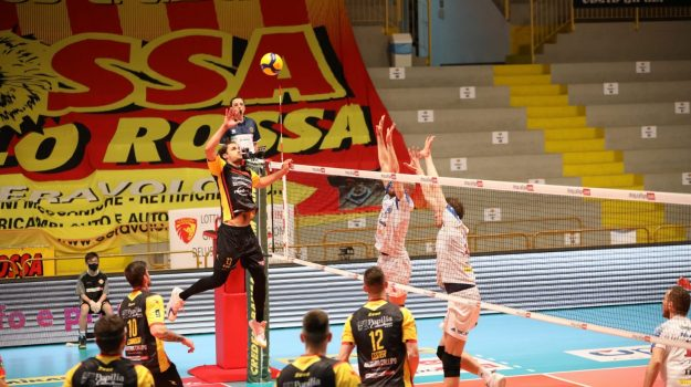 superlega, tonno callipo, volley, Torey Defalco, Catanzaro, Sport