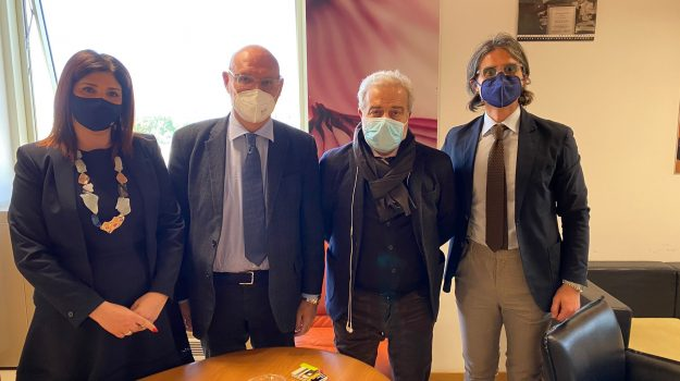 campagna vaccinale calabria, csa cisal, regione calabria, Calabria, Cronaca