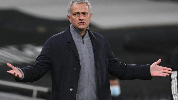 calcio, esonero, premier league, Josè Mourinho, Sicilia, Sport
