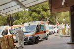 Scioperano i lavoratori del 118 in Sicilia, corteo davanti all'Ars