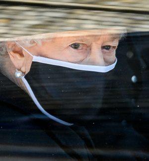Compleanno numero 95 in lutto per la regina Elisabetta: nessuna festa in Gran Bretagna