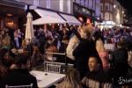 Fine del lockdown in Inghilterra: si festeggia nei pub