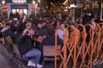 Riaprono pub e ristoranti, folla a Londra