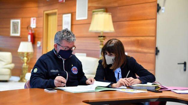 coronavirus, dad, scuole chiuse calabria, superiori, Nino Spirlì, Calabria, Cronaca