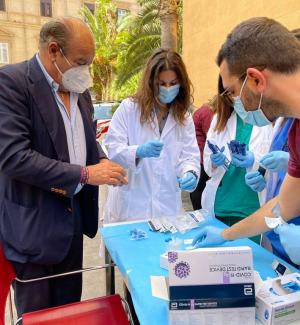 Vaccini h24 a Palermo, circa 600 dosi somministrate di notte
