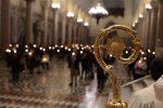 """Veglia pasquale a Messina, 200 candele per ritrovare speranza e voglia di """"normalità"""""""