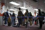 Variante indiana, Speranza: stop ai voli da Nuova Delhi. Vietati gli ingressi pure dal Bangladesh