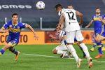 Inter avanti piano, Milan clamoroso ko in casa, la Juventus ringrazia i difensori