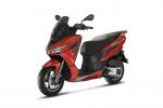 Aprilia, con Sxr 50 ridefinisce concetto di scooter urbano