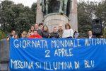 Autismo, la Giornata mondiale della Consapevolezza colora di blu le città