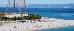 Messina, spiagge e piazze affollate per il 25 aprile