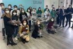 Messina, imprenditore siciliano dona 500 colombe pasquali al personale impegnato nelle vaccinazioni