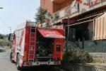 Catanzaro, in fiamme il frigobar di un ristorante pizzeria della zona sud