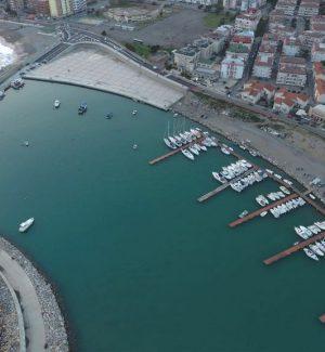 Una veduta aerea del porto di Catanzaro