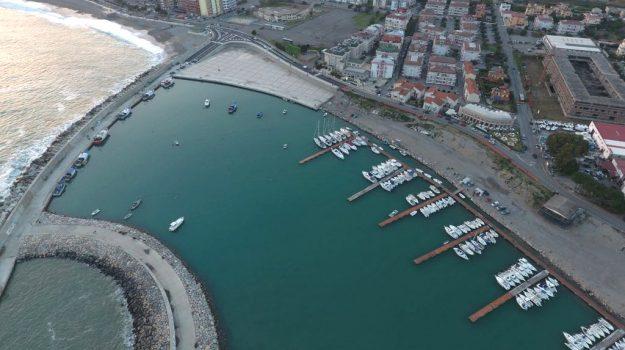porto catanzaro, valutazione impatto ambientale, Catanzaro, Economia