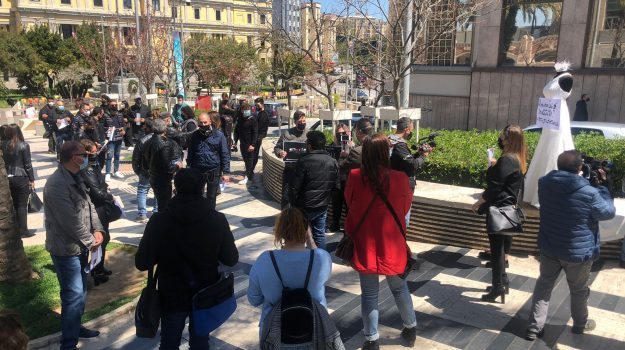 catanzaro, matrimonio, protesta, settore wedding, Emanuele Spagnolo, Catanzaro, Cronaca
