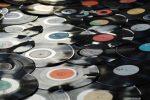 In Italia le vendite di vinili superano i cd: è la prima volta in 30 anni