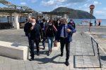 Vaccini, in arrivo hub a Taormina: sopralluogo per creare un centro anche alle Eolie