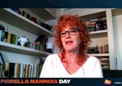 Fiorella Mannoia: «Sono una cantante parlante. Le mie opinioni sui social» L'intervista alla cantautrice va in onda integralmente martedì 20 alle 15 su Radio Italia - Corriere Tv