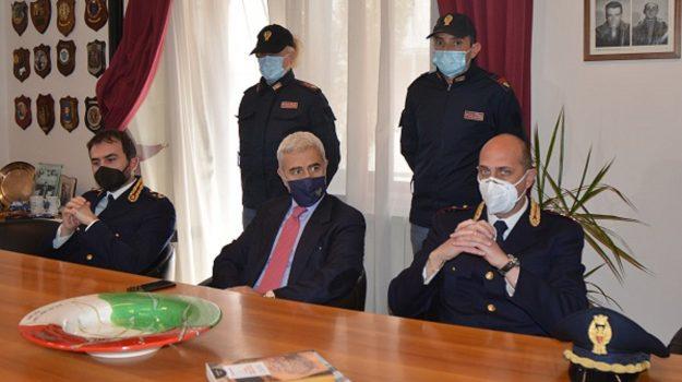 avvicendamento, questura crotone, squadra mobile, Massimo Gambino, Nicola Lelario, Ugo Armano, Catanzaro, Cronaca