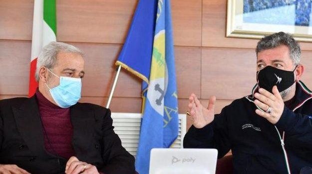 vaccini anti covid, Guido Longo, Nino Spirlì, Calabria, Cronaca