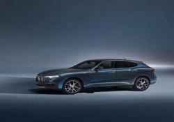 Maserati: ecco la Levante HybridIl debutto al Salone di Shanghai E' il primo suv ibrido del Tridente: la presentazione al Salone - Corriere Tv