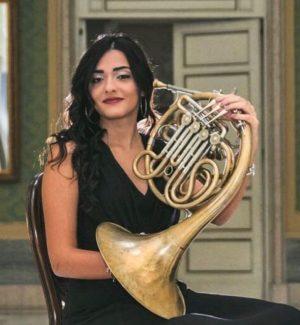 Da Reggio alla Svizzera, Maria Elisa spicca il volo con la musica