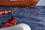 """Migranti, Ong: """"Così sono morte 130 persone abbandonate"""""""