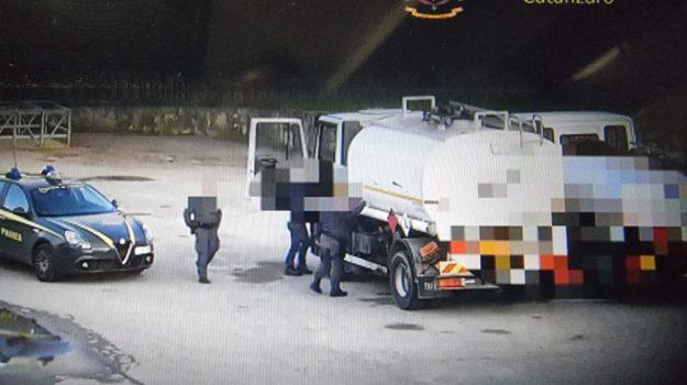 inchiesta petrolmafie, Calabria, Cronaca
