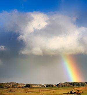 Meteo: 1° maggio con pioggia al Centro-Nord, sole e caldo al Sud