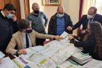 Sindaco, assessori e tecnici analizzano i punti chiave del piano spiaggia di Reggio Calabria