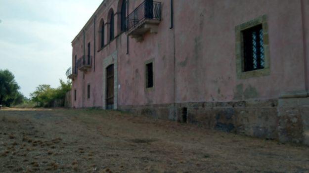 palazzo principi Lanza di Trabia, san nicola arcella, Cosenza, Società