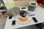 Ionadi, soldi e marijuana sotto il tetto: ai domiciliari un giovane