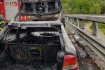 Auto in fiamme sulla Messina-Palermo: disagi alla viabilità all'altezza della galleria Telegrafo