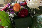 """Dasà, il movimento """"Aquila Rossa"""" ha donato dei fiori ad 8 mamme in una Rsa"""