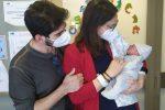 Firenze: partorisce alla vigilia della laurea e discute la tesi in ospedale - FOTO