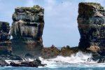 Crolla l'arco di Darwin simbolo delle Galapagos: ecco com'era - FOTO