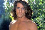 """Si schianta piccolo aereo: fra le vittime William """"Joe"""" Lara, Tarzan per il cinema e la tv"""