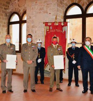 """Palermo, Orlando conferisce cittadinanza onoraria a tre reggimenti della Brigata """"Aosta"""""""