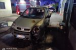 Notte di fuoco a Schiavonea, in fiamme le auto di due braccianti agricoli