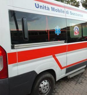 Vigilante spara contro un furgone a Catania, 20enne gravemente ferito