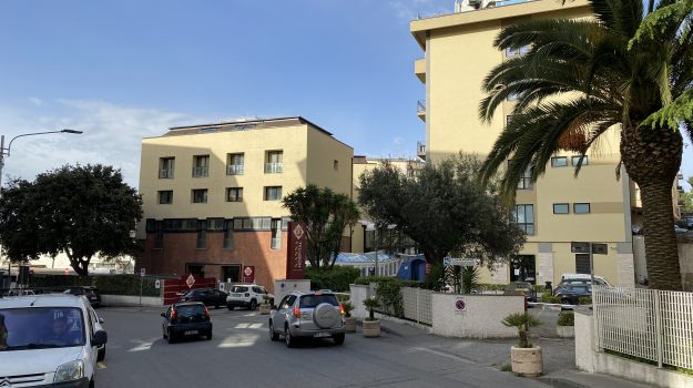 Sant'Anna Hospital Catanzaro, vertenza, Catanzaro, Cronaca