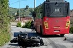 Messina, incidente tra bus Atm e scooter. Grave un 60enne