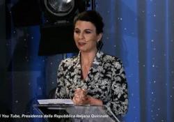 David 2021, Geppi Cucciari show durante la cerimonia al Quirinale La presentatrice a Mattarella: «Se la sua presidenza fosse un film sarebbe un kolossal» - Ansa