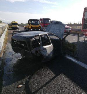 Gravissimo incidente sulla Salerno-Reggio Calabria, un morto e una donna gravissima. LE FOTO