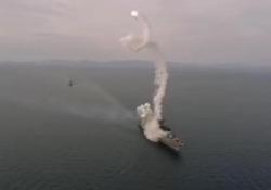 «Disastro sfiorato»: la nave da guerra russa rischia di esser colpita dal suo stesso missile È accaduto durante un'esercitazione nel Mar del Giappone al cacciatorpediniere lanciamissili «Marshal Shaposhnikov» - CorriereTV