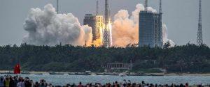 Razzo cinese in caduta: così Pechino apre la corsa alle stazioni spaziali