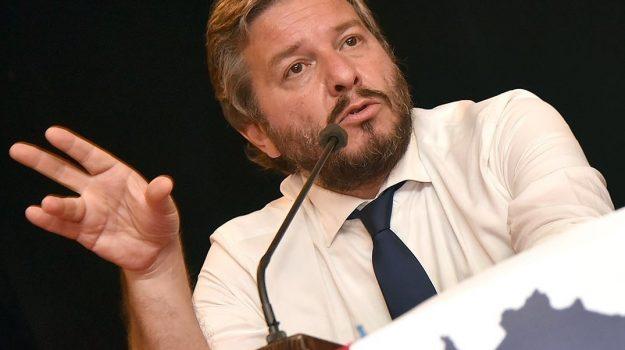 Gianpiero D'Alia, Sicilia, Politica